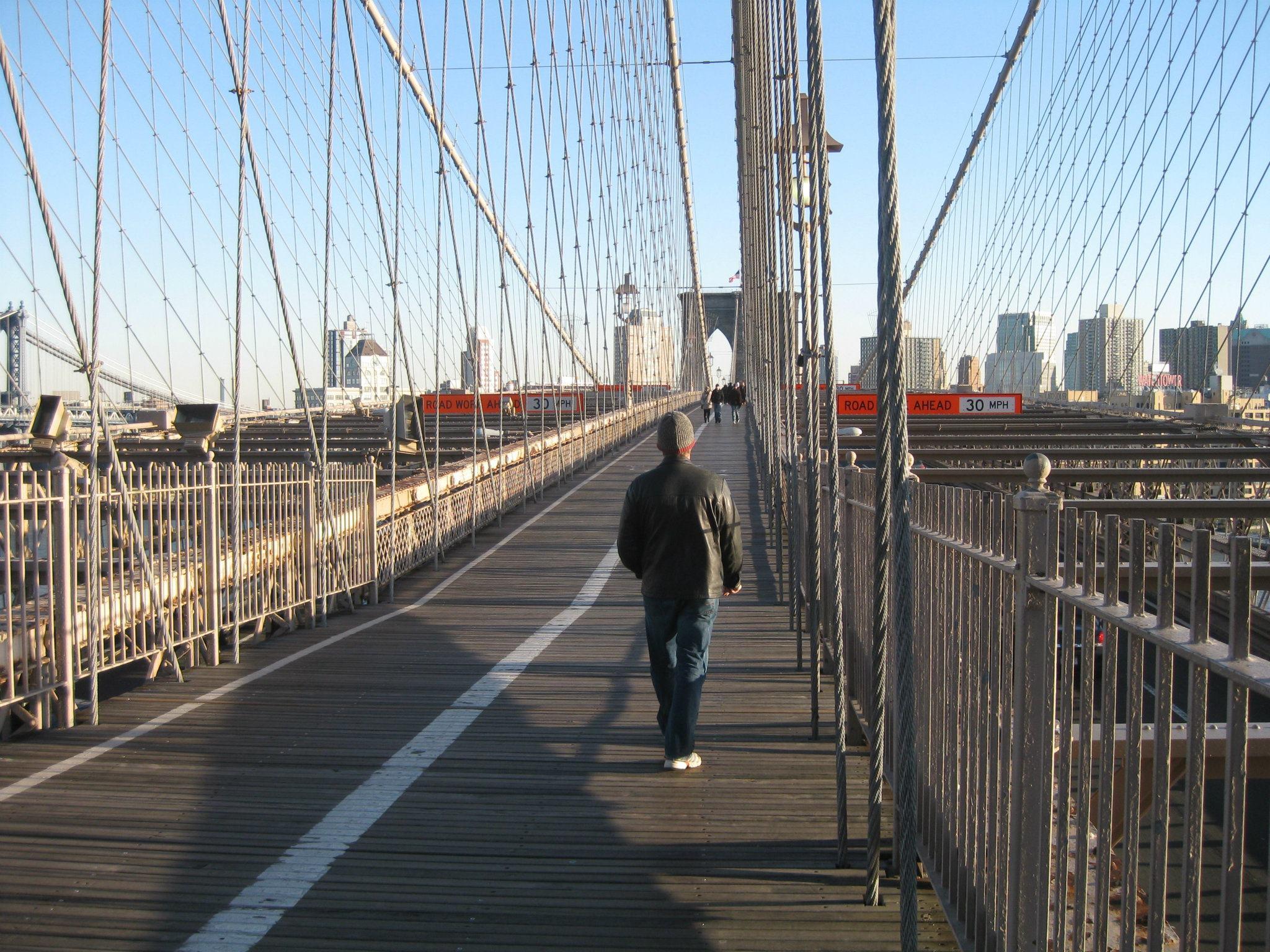 Dan crossing Brooklyn Bridge