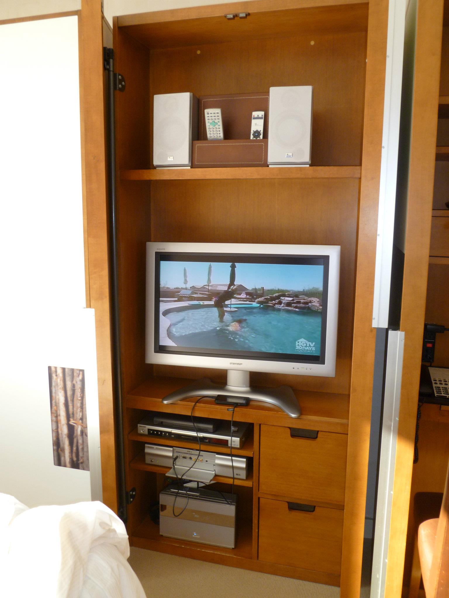 HGTV in hotel room