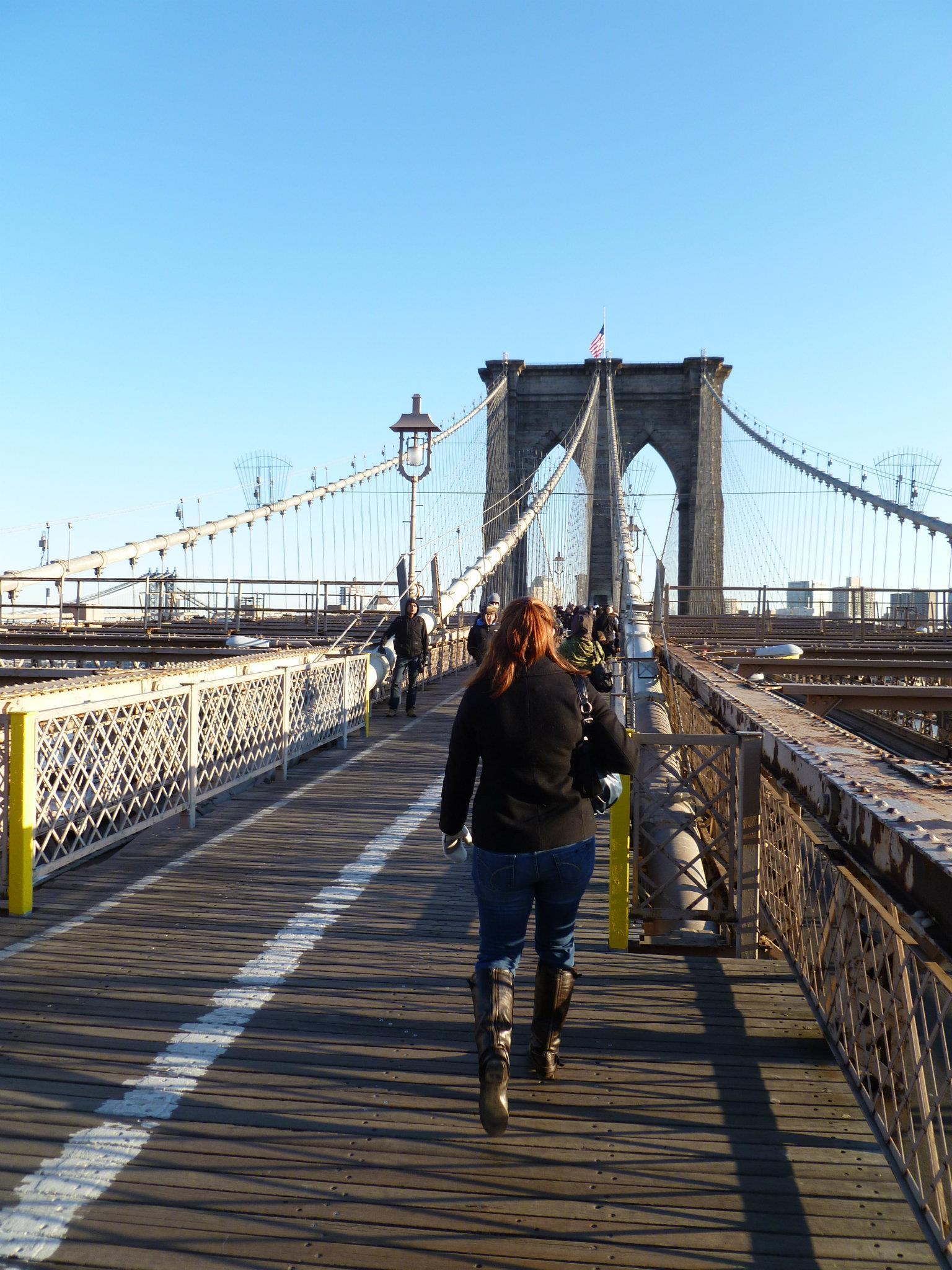 Holly crossing Brooklyn Bridge